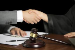 公司监事可以参与签订合同吗