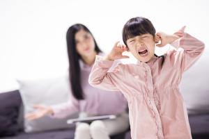 父母不结婚孩子自己一个户口本吗